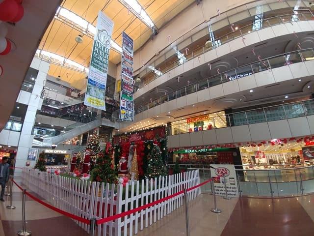 क्राउन इंटीरियर मॉल फरीदाबाद आकर्षक स्थल - Crown Interiorz Mall Faridabad Aakarshan Sthal In Hindi