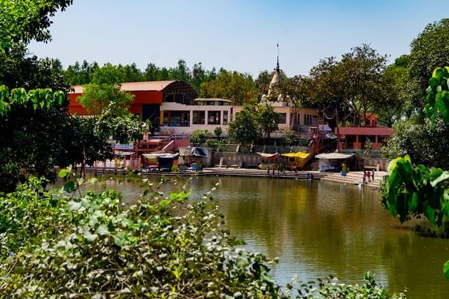 लखनऊ के धार्मिक स्थल चंद्रिका देवी मंदिर - Lucknow Ke Dharmik Sthal Chandrika Devi Temple In Hindi