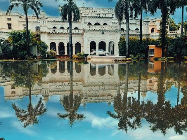 लखनऊ के दर्शनीय स्थल कैसरबाग पैलेस – Lucknow Ke Darshniya Sthal Kaiserbagh Palace In Hindi