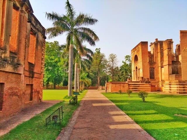 लखनऊ में देखने लायक जगह दिलकुशा कोठी - Lucknow Me Dekhne Layak Jagha Dilkusha Kothi In Hindi