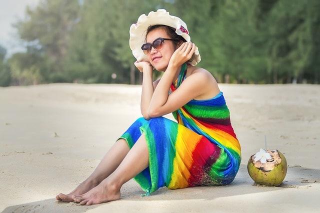गोवा में पहनने के लिए सरोंग है बेस्ट - Wear Sarong Is Best In Goa In Hindi