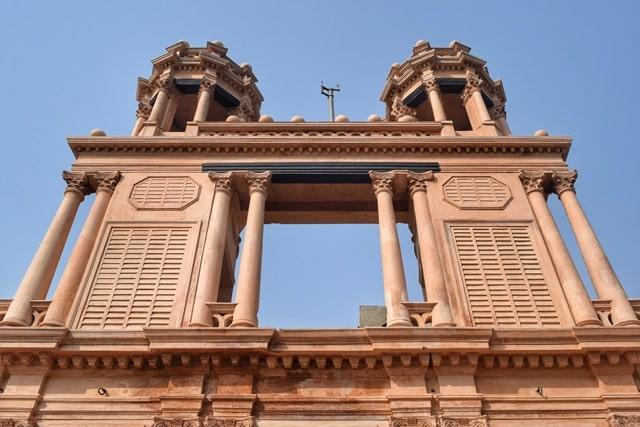 लखनऊ में घूमने वाली जगह छत्तर मंजिल - Lucknow Mein Ghumne Wali Jagah Chattar Manzil In Hindi