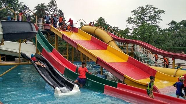 चंडीगढ़ के आसपास घूमने की जगह एक्वा विलेज - Chandigarh Ke Aas Pass Ghumne Ki Jagha Aqua Village In Hindi