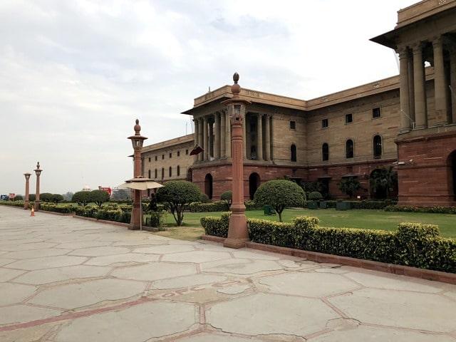 राष्ट्रपति भवन में मोबाइल ले जाने की अनुमति - Rashtrapati Bhavan Me Mobile Le Jane Ki Permision In Hindi