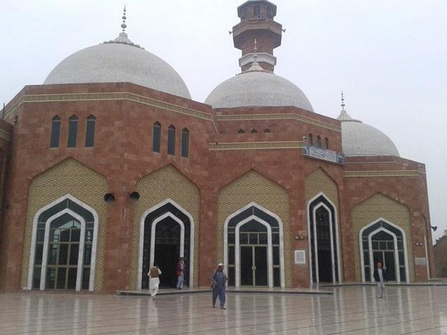 फरीदाबाद जिला दर्शनीय स्थल बाबा फरीद की कब्र – Faridabad Jila Darshaniya Sthal Baba Farid's Tomb In Hindi