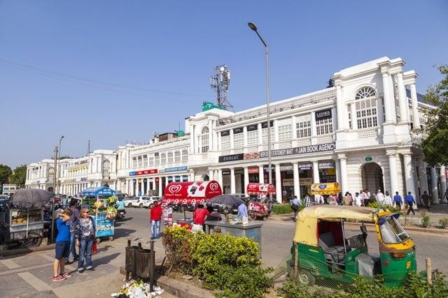 डेल्ही की पोपुलर शॉपिंग की जगह कनॉट प्लेस – Dilli Ki Popular Shopping Ki Jagah Connaught Place In Hindi