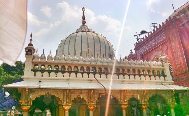 निजामुद्दीन औलिया दरगाह जाने का सबसे अच्छा समय - Best Time To Visit Nizamuddin Dargah In Hindi