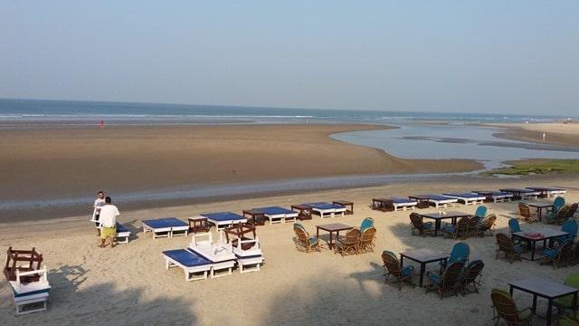 मंड्रेम बीच के नजदीक कहा रुके – Where To Stay near Mandrem Beach In Hindi
