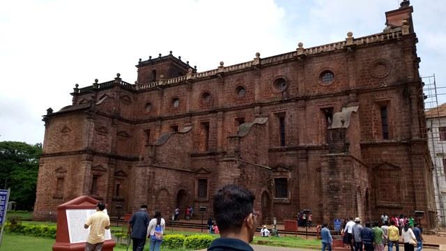 बेसिलिका ऑफ बॉम जीसस घूमने की एंट्री फीस - Basilica Of Bom Jesus Church Entry Fee In Hindi