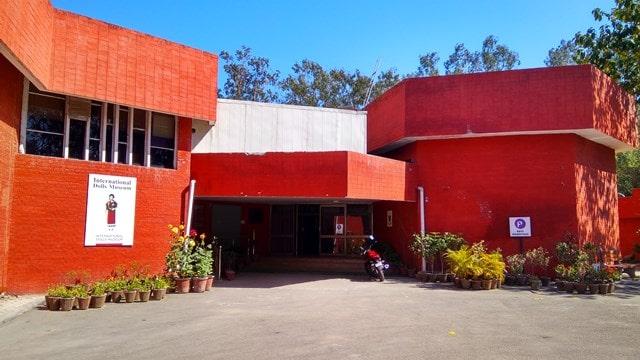 चंडीगढ़ में देखने की जगह अंतर्राष्ट्रीय गुड़िया संग्रहालय - Chandigarh Me Dekhne Layak International Dolls Museum In Hindi