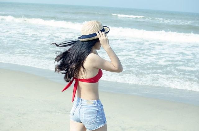 क्या मैं गोवा में शॉर्ट्स पहन सकती हूं? - Can I Wear Shorts In Goa In Hindi?
