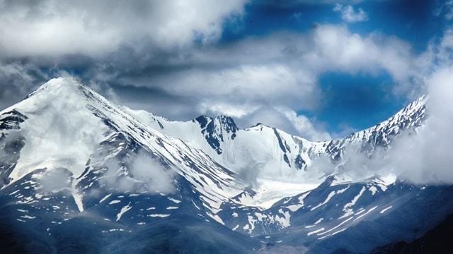 क्या नुब्रा घाटी से पांगोंग त्सो तक सीधे पहुंच सकते हैं - Can We Go From Nubra Valley To Pangong Tso Directly In Hindi