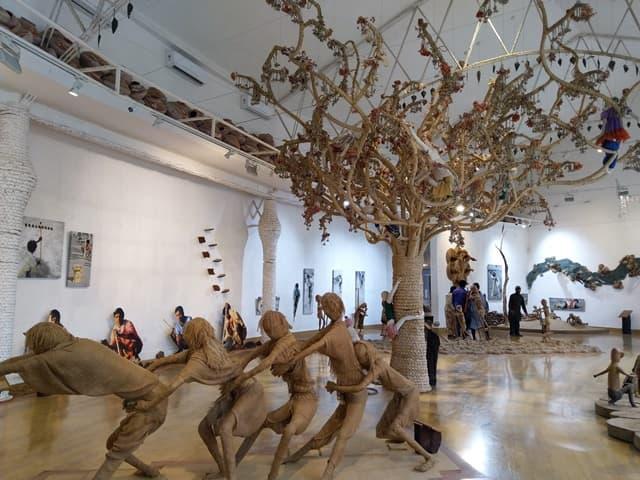 भोपाल घूमने के लिए जनजातीय संग्रहालय - Bhopal Point Of Interest Madhya Pradesh Tribal Museum In Hindi