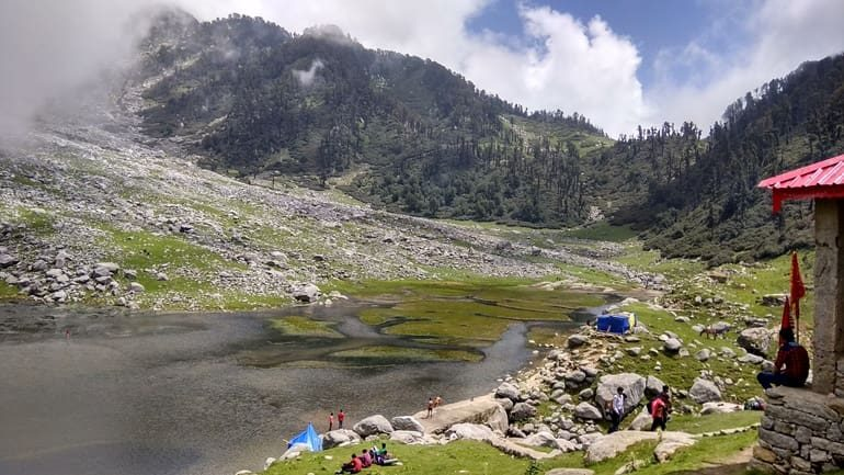 करेरी झील घूमने की जानकारी और पर्यटन स्थल, Kareri Lake In Hindi