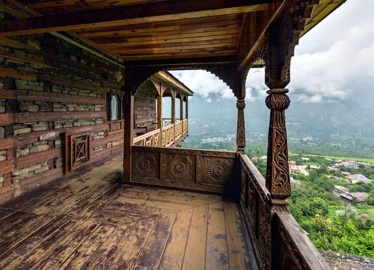 नग्गर कैसल - Naggar Castle In Hindi