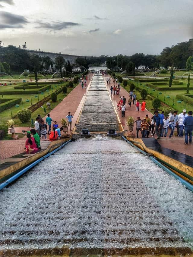 मैसूर में घूमने की जगह बृंदावन गार्डन - Mysore Me Ghumne Ki Jagah Brindavan Garden Mysore In Hindi