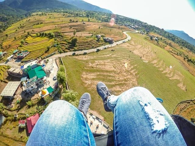 शॉर्ट ट्रिप पर पैराग्लाइडिंग एडवेंचर के लिए कामशेत महाराष्ट्र - Short Trip Par Paragliding Adventure Ke Liye Kamshet Maharashtra In Hindi