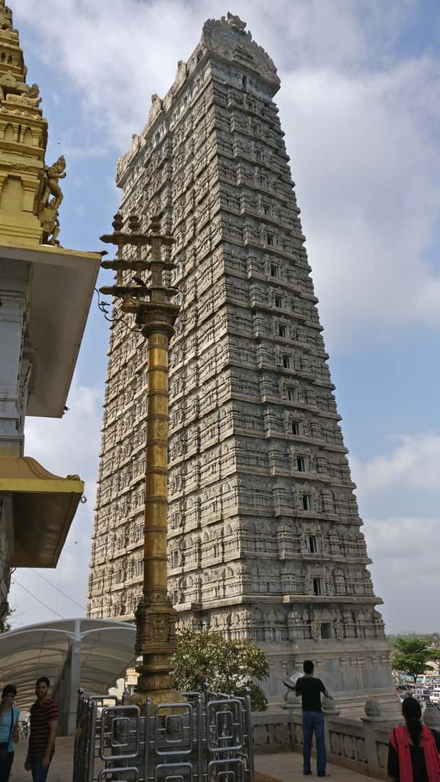 शॉर्ट ट्रिप के लिए फेमस मुरुडेश्वर कर्नाटक - Short Trip Ke Liye Famous Murudeshwar Karnataka In Hindi