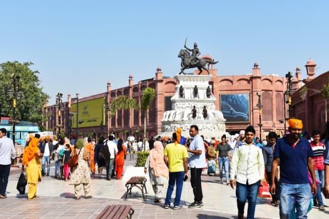 अमृतसर में पर्यटन स्थान महाराजा रणजीत सिंह संग्रहालय - Amritsar Ka Famous Paryatan Sthan Maharaja Ranjit Singh Museum In Hindi http://www.worldcreativities.com