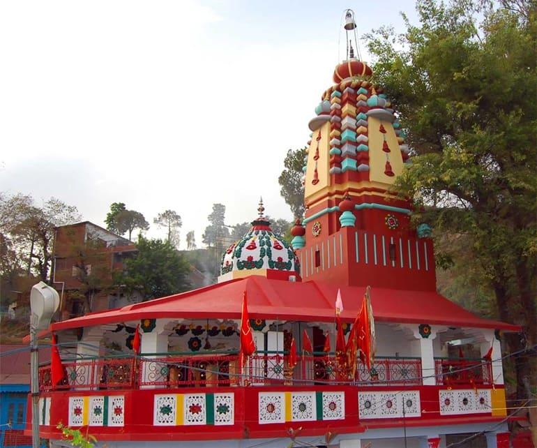 सोलन के प्रमुख मंदिर शूलिनी माता मंदिर