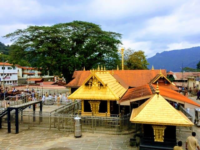 दक्षिण भारत का प्रसिद्ध सबरीमाला मंदिर - South India Mein Prasidh Sabarimala Mandir In Hindi