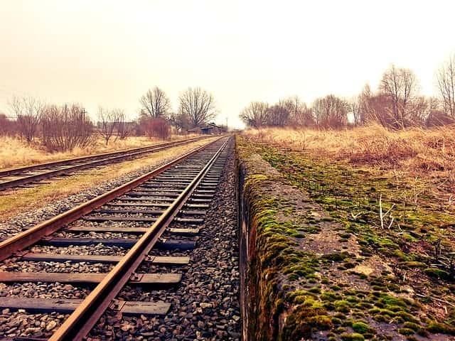 ट्रेन द्वारा कैसे पहुंचे ठाणे - How To Reach Thane By Train In Hindi