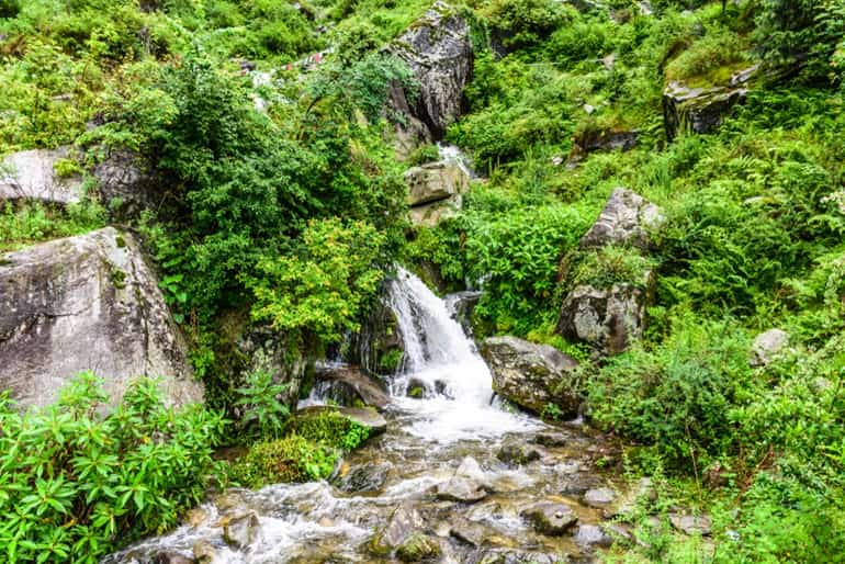 रहला फॉल्स - Rahala Falls In Hindi