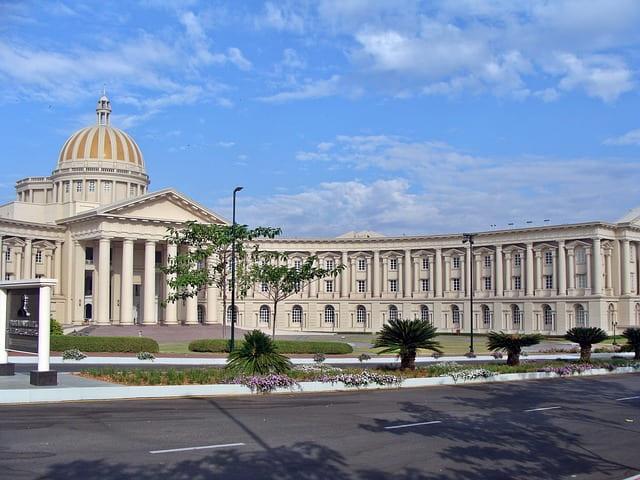 अंबा विलास पैलेस (मैसूर पैलेस) के आस पास के पर्यटन स्थल - Places To Visit Near Mysore Palace In Hindi
