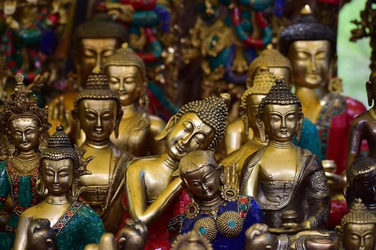 दलाई लामा मंदिर परिसर