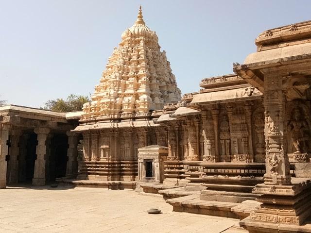 मैसूर में घूमने वाली जगह तालकाड़ मंदिर - Mysore Me Ghumne Wali Jagah Talakadu Temple In Hindi
