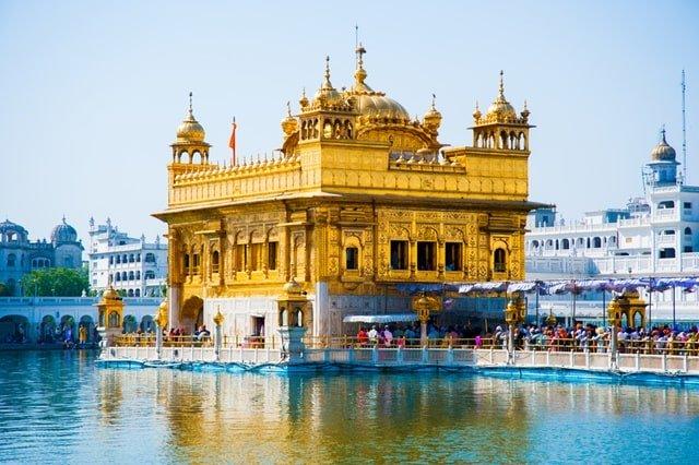 भारत का धार्मिक मंदिर अमृतसर में स्वर्ण मंदिर / स्वर्ण मंदिर / हरमंदिर साहिब - Bharat Ka Paryatan Sthal Golden Temple/Swarn Mandir/Harmandir Sahib In Amritsar In Hindi