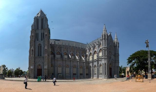 मैसूर में देखने लायक जगह सेंट फिलोमेना चर्च - Mysore Mein Dekhne Layak Jagah St Philomena Church In Hindi