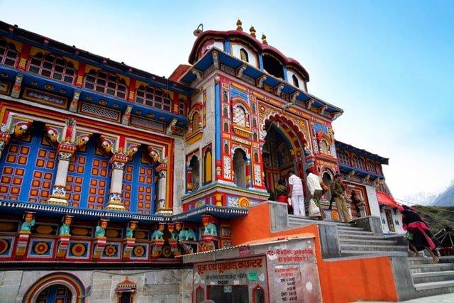 भारत के चार धाम यात्रा में घूमें बद्रीनाथ धाम - Bharat Ke Char Dham Yatra Badrinath In Hindi