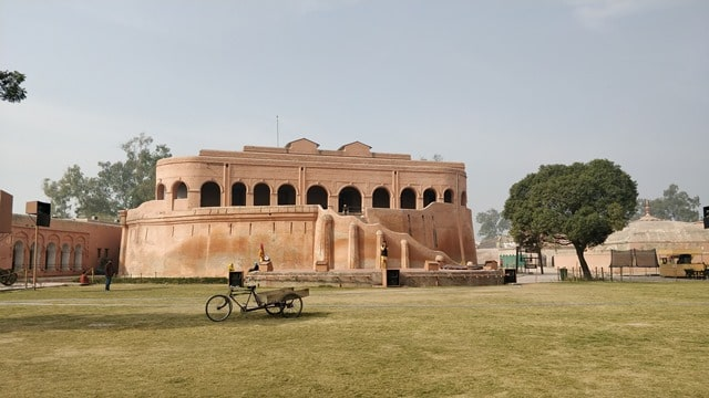 अमृतसर टूरिज्म में गोविंदगढ़ किला - Amritsar Tourism Mein Gobindgarh Fort In Hindi http://www.worldcreativities.com