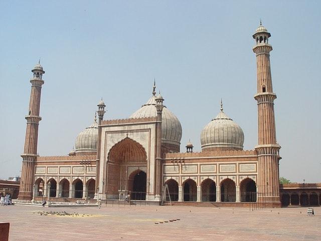 चांदनी चौक की मशहूर पर्यटन स्थल जामा मस्जिद – Chandni Chowk Ki Mashur Paryatan Sthal Jama Masjid In Hindi
