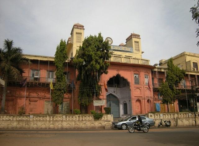 भोपाल पोपुलर टूरिस्ट प्लेस सरदार मंजिल - Bhopal Famous Tourist Place Sadar Manzil In Hindi