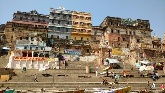 बनारस के फेमस अहिल्याबाई घाट – Banaras Ke Famous Ahilyabai Ghat In Hindi
