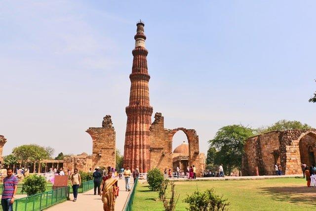 चांदनी चौक पर्यटन में घूमने वाली जगह कुतुब मीनार - Chandni Chowk Paryatan Me Ghumne Vali Jagah Qutub Minar In Hindi
