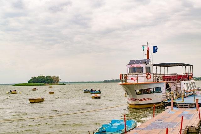 भोपाल में फेमस जगह बड़ा तालाब - Bhopal Me Famous Jagah Upper Lake (Bhojtal) In Hindi