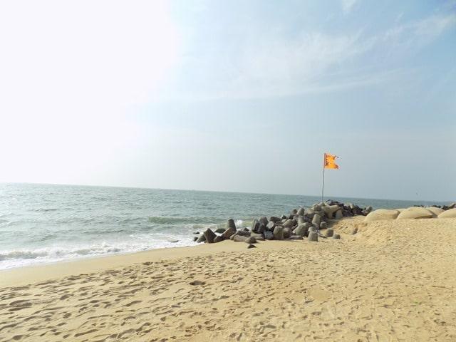 कपल के लिए फेमस मैंगलोर में उल्लाल बीच - Mangalore Me Ghumne Wali Jagah Ullal Beach In Hindi