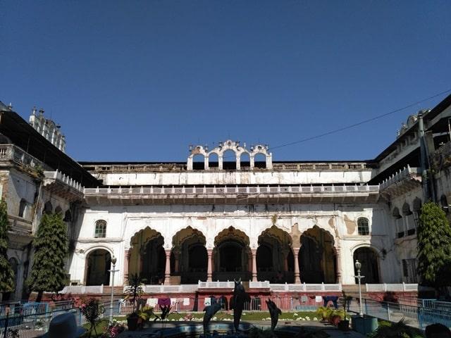 भोपाल पर्यटन स्थल शौकत महल - Bhopal Paryatan Sthal Shaukat Mahal In Hindi