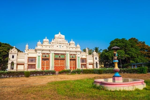 मैसूर के दर्शनीय स्थान जय लक्ष्मी विलास हवेली - Mysore Ke Darshnaiya Sthan Jayalakshmi Vilas Mansion Mysore In Hindi