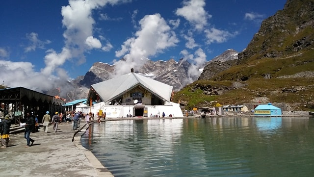 भारत में देखने लायक जगह हेमकुंड साहिब - Bharat Dekhne Layak Sthan Hemkund Sahib Temple In Hindi