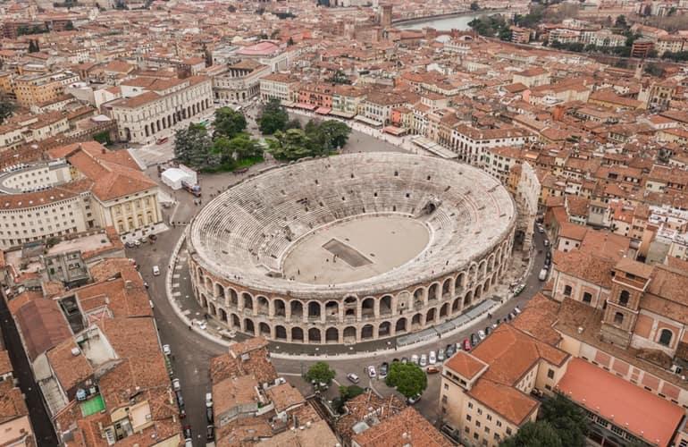 इटली में घूमने वाली जगह वेरोना एरिना