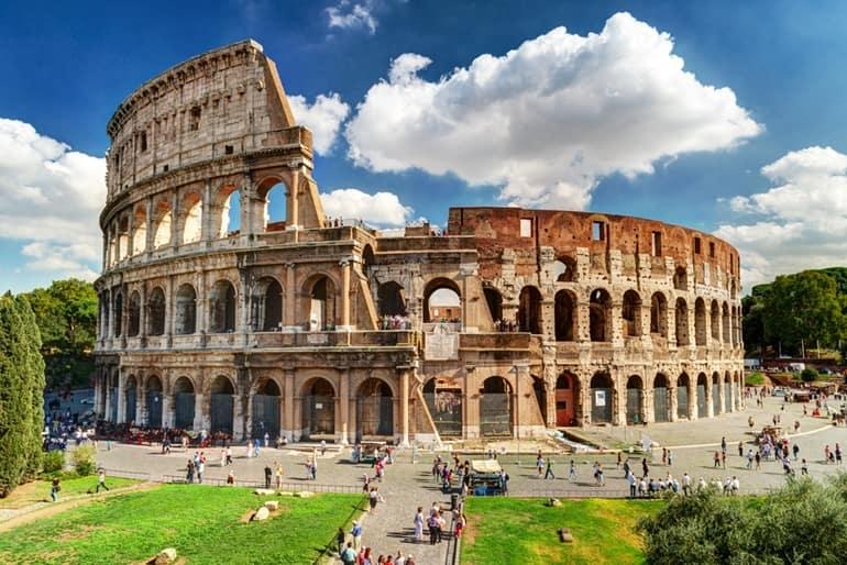 इटली का पर्यटन स्थल कोलोसियम रोम