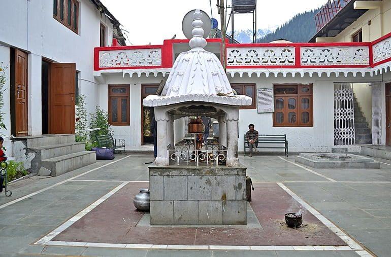 त्रिलोकीनाथ मंदिर की जानकारी और पर्यटन स्थल, Triloknath Temple In Hindi