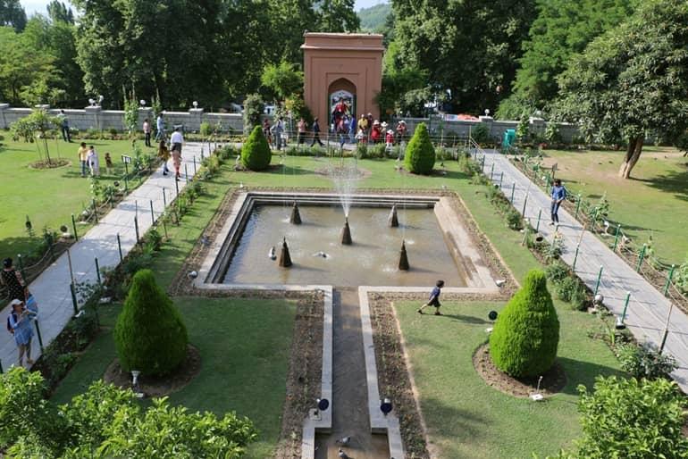 मुगल गार्डन