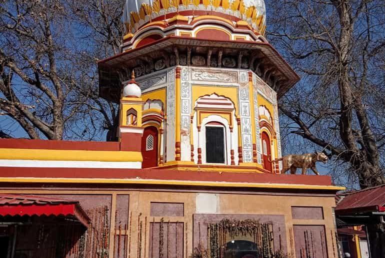 माँ बाला सुंदरी मंदिर त्रिलोकपुर हिमाचल प्रदेश के दर्शन की जानकारी, त्रिलोकपुर मंदिर