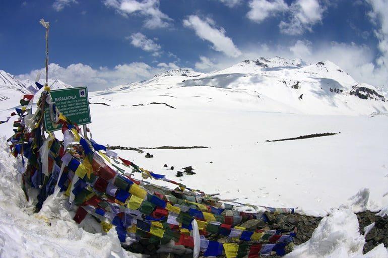 बारालाचा ला दर्रा घूमने की जानकारी और इसके पर्यटन स्थल - Baralacha La In Hindi