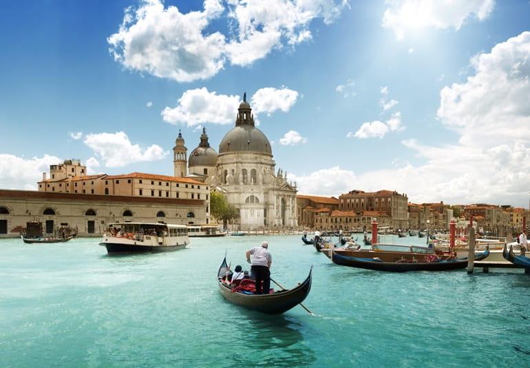 इटली का आकर्षण स्थल ग्रांड कैनाल वेनिस